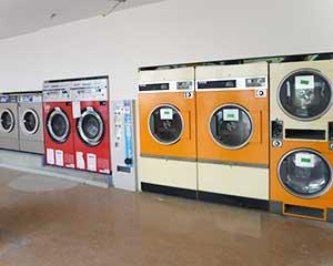 洗車機ヤード